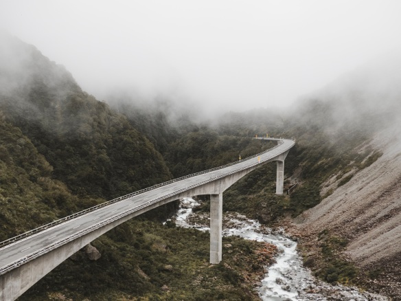 Bend fog tyler-lastovich-371909-unsplash.jpg